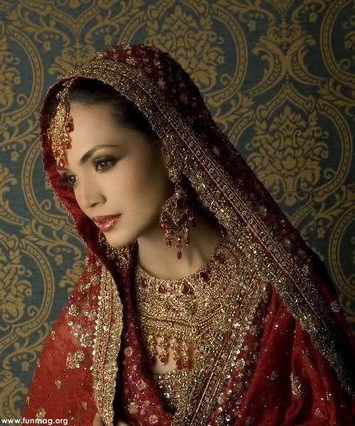 amina-sheikh-brdial-jewelry- (1)