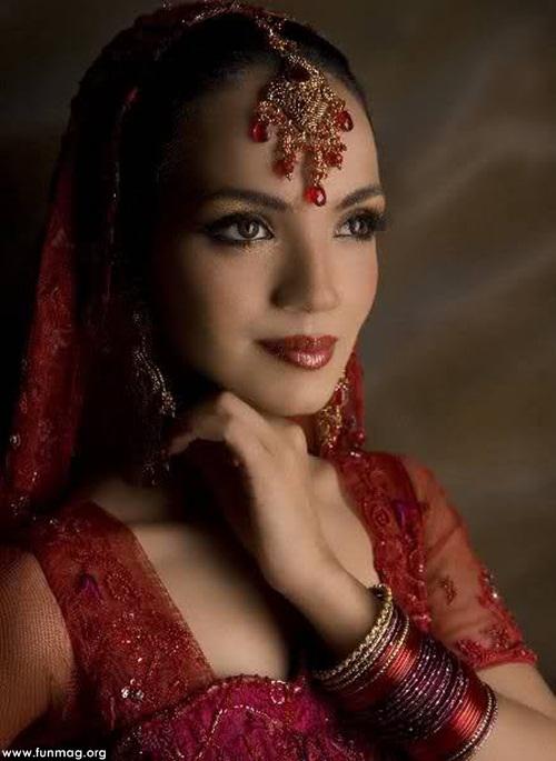 amina-sheikh-brdial-jewelry- (2)