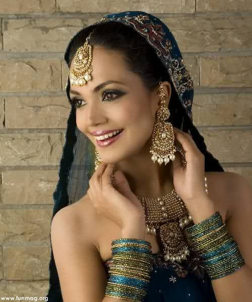 amina-sheikh-brdial-makeup- (1)