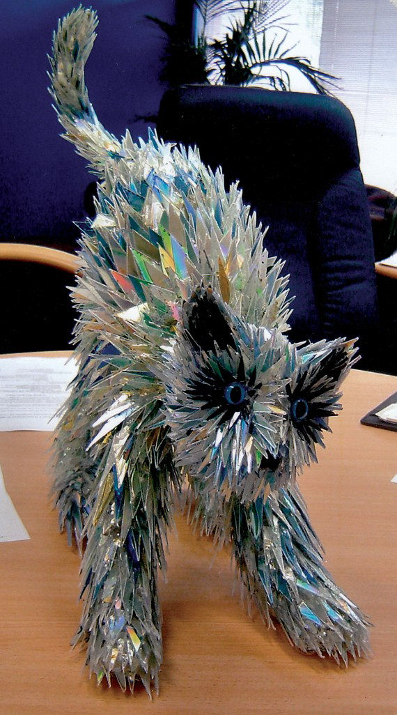 animals-sculpture-from-shattered-cd- (16)