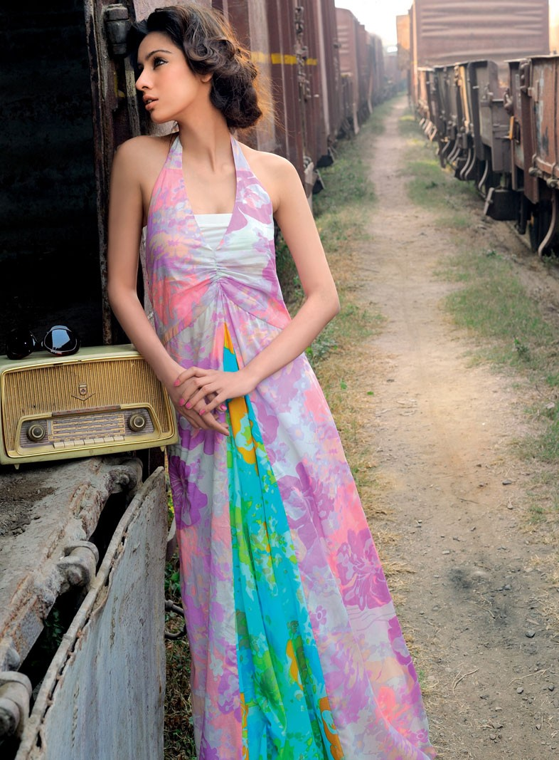 gul-ahmed-lawn-collection-2012- (11)