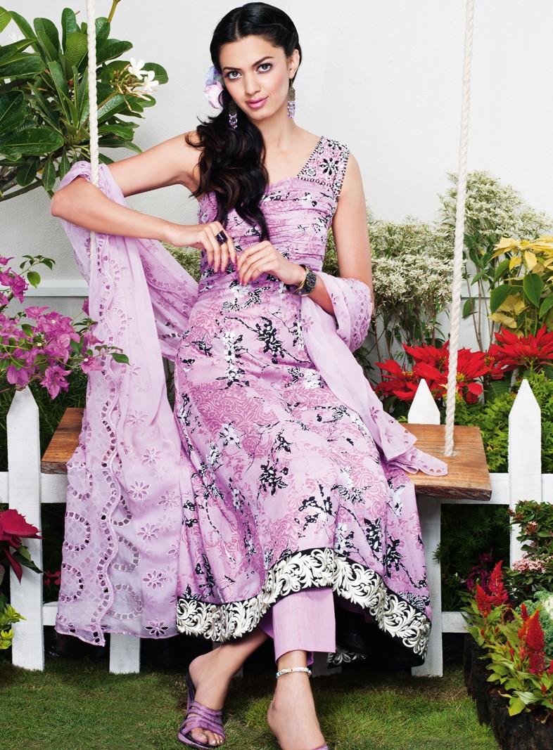 gul-ahmed-real-lawn-2012- (5)