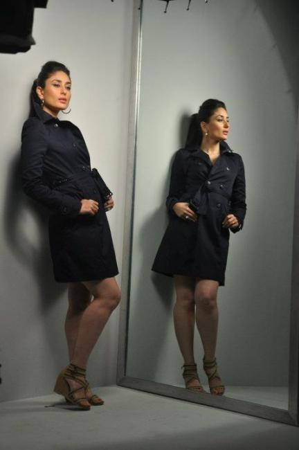 kareena-kapoor-autumn-winter-shoot-with-metro-shoes- (9)