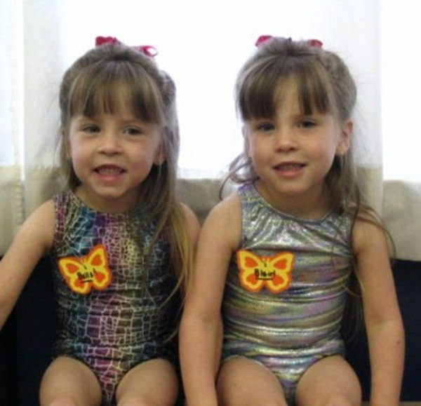 twin-baby-pictures- (6)