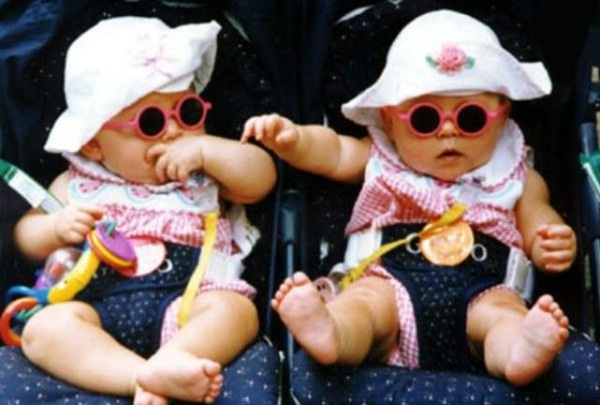 twin-baby-pictures- (11)