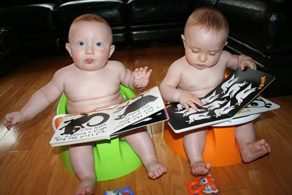 twin-baby-pictures- (17)