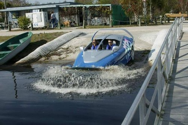 rinspeed-splash-sports-car-and-speed-boat- (8)
