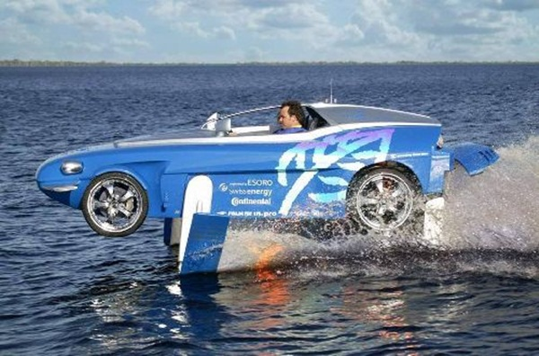 rinspeed-splash-sports-car-and-speed-boat- (19)