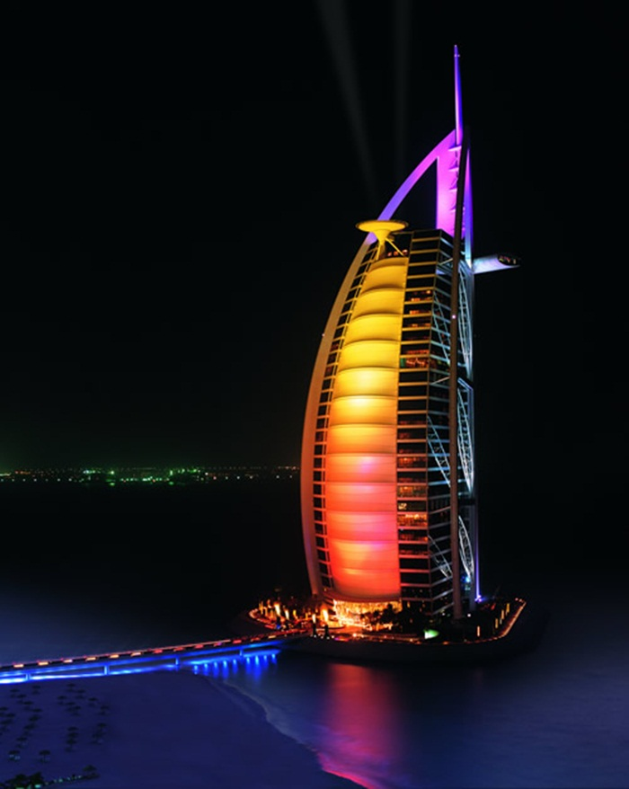 burj-al-arab-at-night- (1)