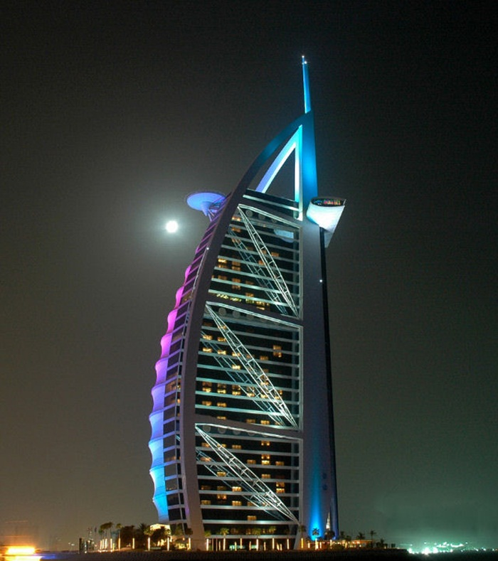 burj-al-arab-at-night- (2)