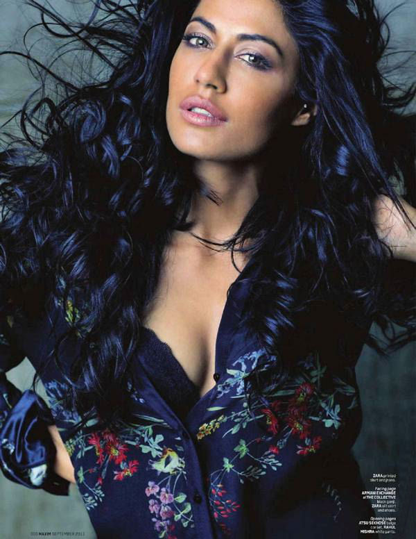 chitrangda-singh-photoshoot-for-maxim-magazine- (6)