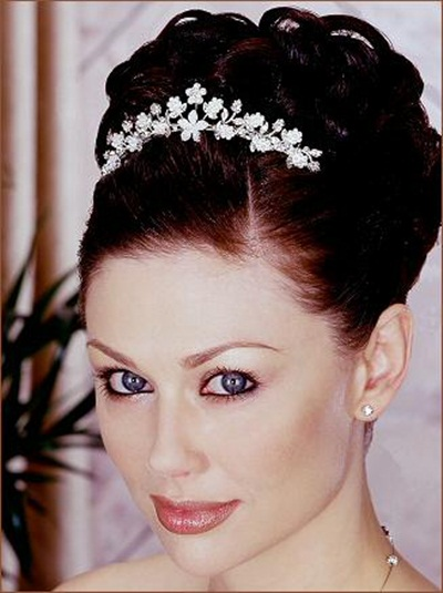 elegant-bridal-hairstyles- (4)