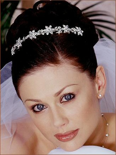 elegant-bridal-hairstyles- (9)