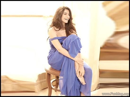 farhan-akhtar-and-sonam-kapoor-photoshoot-for-brunch-magazine- (6)
