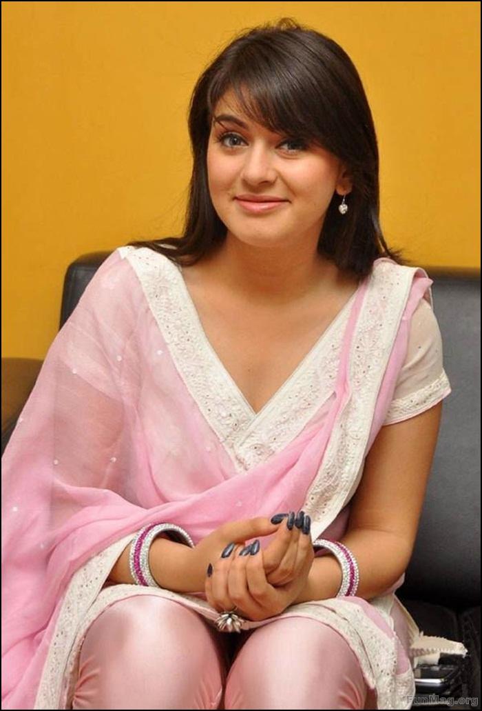 hansika-motwani-photos-in-churidar-dress- (4)