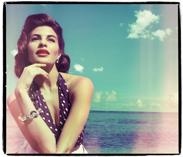 jacqueline-fernandez-grazia-magazine-photoshoot-2012- (2)