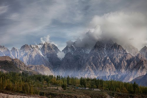 landscape-of-pakistan-hunza-valley- (2)