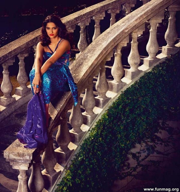 sonam-kapoor-photoshoot-for-harpers-bazaar-2012- (7)