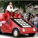 weird-car-parade-in-houston- (4)