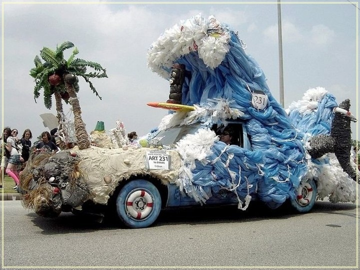 weird-car-parade-in-houston- (6)