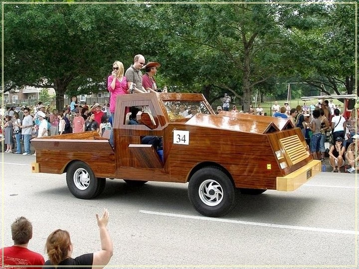 weird-car-parade-in-houston- (9)