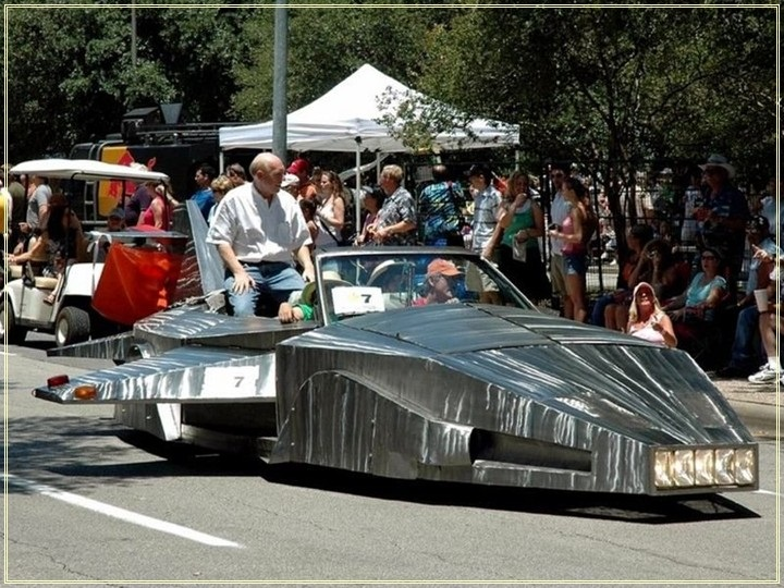 weird-car-parade-in-houston- (10)