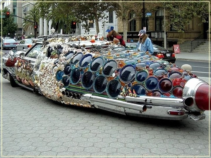 weird-car-parade-in-houston- (11)
