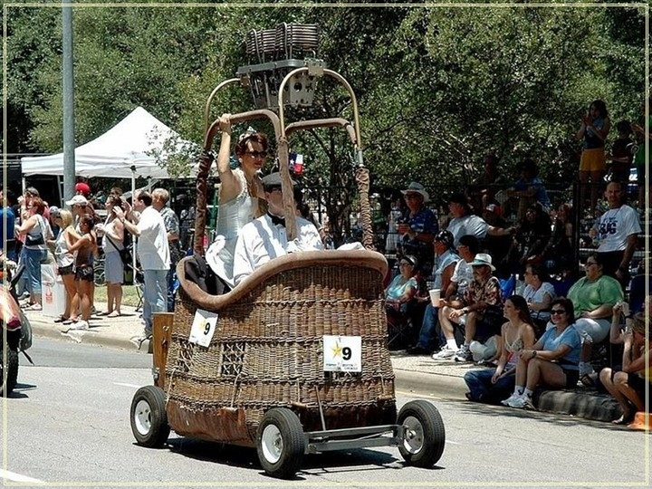 weird-car-parade-in-houston- (20)