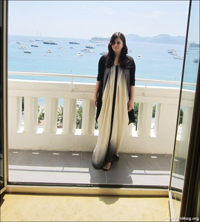 aishwarya-rai-at-cannes-2012-photoshoot- (8)