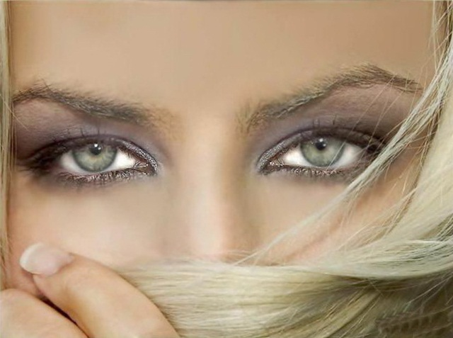 beautiful-eyes-in-veil- (23)