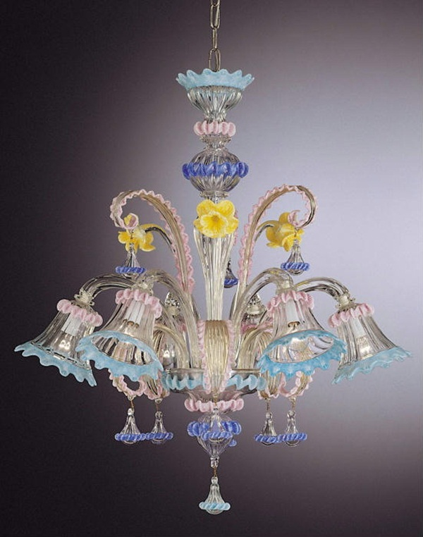 beautiful-glass-chandeliers-20-photos- (15)