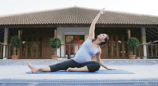 lara-dutta-photoshoot-for-prenatal-yoga-dvd- (9)