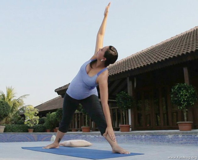 lara-dutta-photoshoot-for-prenatal-yoga-dvd- (14)