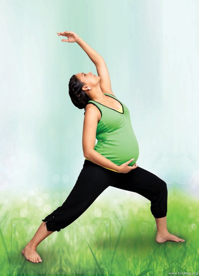 lara-dutta-photoshoot-for-prenatal-yoga-dvd- (16)