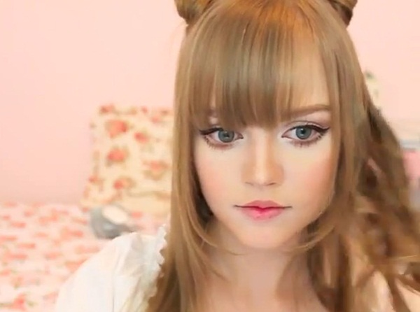 living-barbie-doll-dakota-rose- (22)