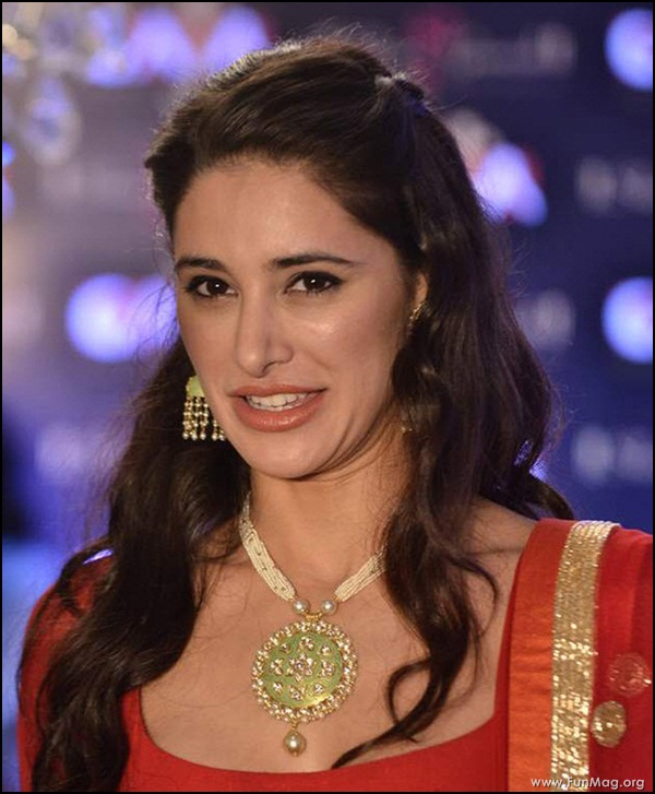 nargis-fakhri-in-red-indian-dress- (8)