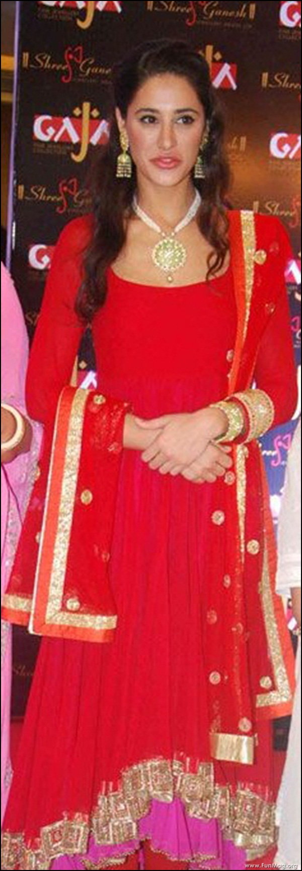 nargis-fakhri-in-red-indian-dress- (13)