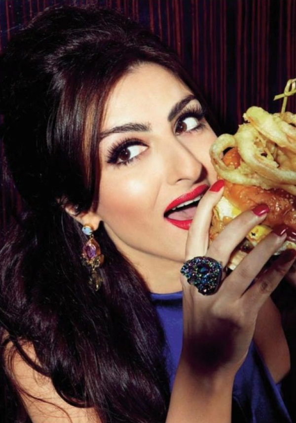soha-ali-khan-photoshoot-for-filmfare-magazine- (2)