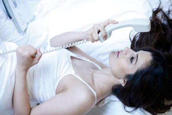 amisha-patel-latest-hot-photoshoot- (9)