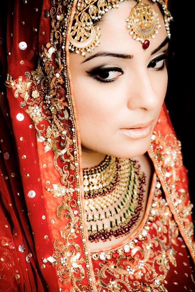asian-bridal-makeup-12-photos- (10)