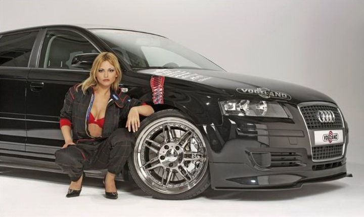 girls-with-exotic-cars- (25)