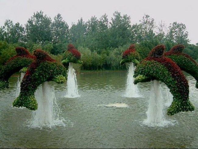 topiary-animals- (9)