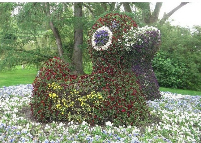 topiary-animals- (14)