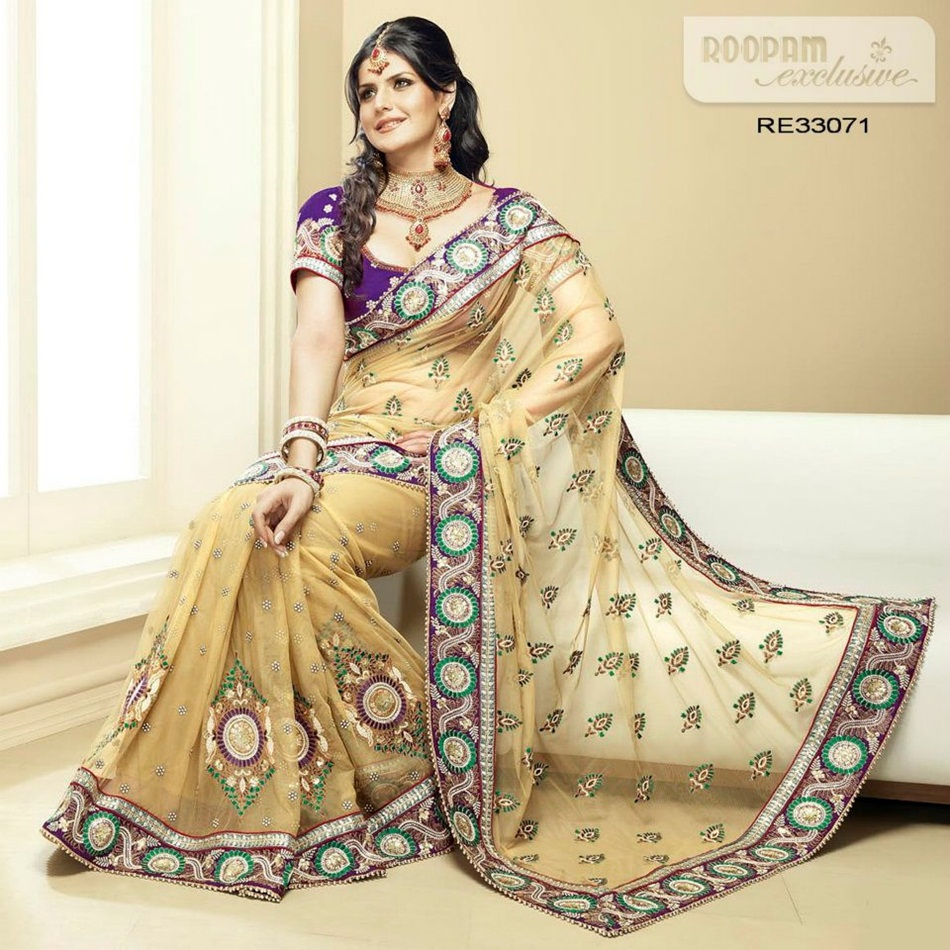 zarine-khan-exclusive-roopam-saree-collection- (4)