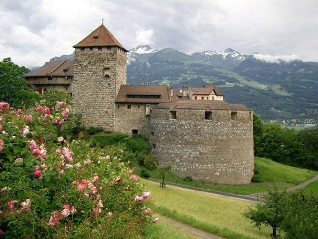 castle-around-the-world- (17)