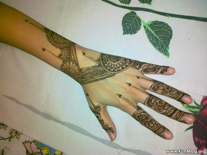 beautiful-mehndi-designs-for-eid- (5)
