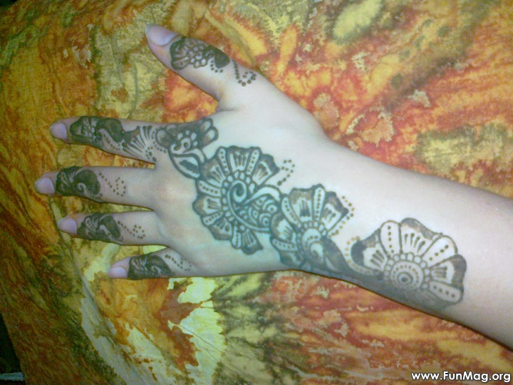 beautiful-mehndi-designs-for-eid- (9)