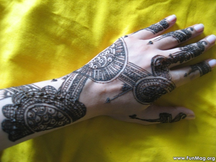 beautiful-mehndi-designs-for-eid- (18)