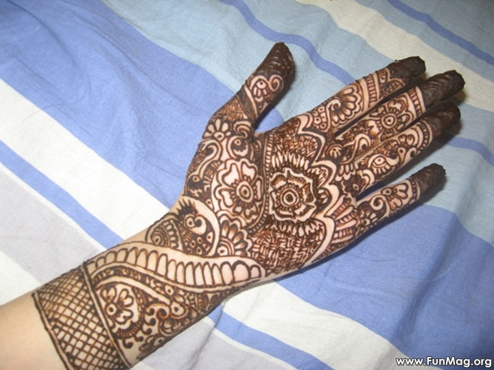 beautiful-mehndi-designs-for-eid- (19)