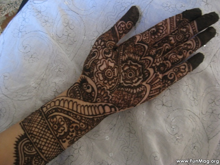 beautiful-mehndi-designs-for-eid- (23)